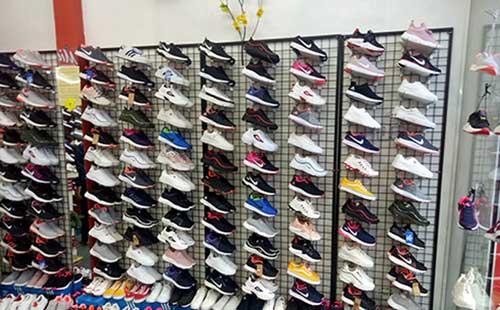 Kệ trưng bày giày dép- MS02