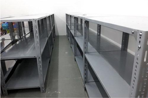Kệ sắt V lỗ 3 tầng để hàng siêu thị- MS01