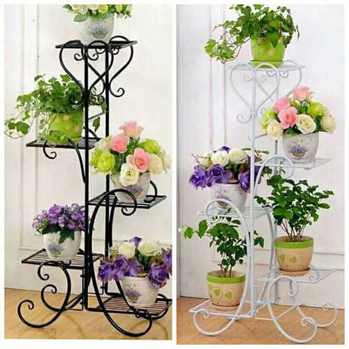 Mẫu kệ sắt trưng bày hoa tươi đẹp